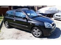 Renault clio dynamique full mot very good condition black history