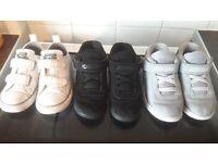 2x Jordans 1x converse