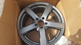 Brand new 19 inch alloys for audi