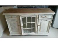 sideboard/cabinet antique white