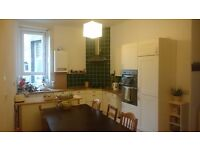 Lovely large 3 bed flat in Cessnock - non-HMO (need a spare room/office/studio?)