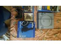 Ps4 with one controller 5 games and head set