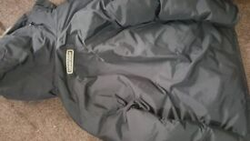 Great Condition Canada Goose Jacket Size M/L hardly worn