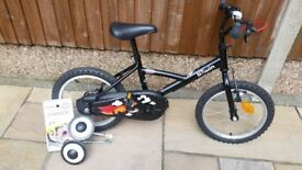 Boys BTwin Bike - excellent condition, hardly used as new £40.