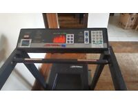 Life fitness running machine