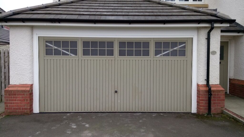 Double Garage Door Hormann Up And Over Series 2000 Only 5 Years