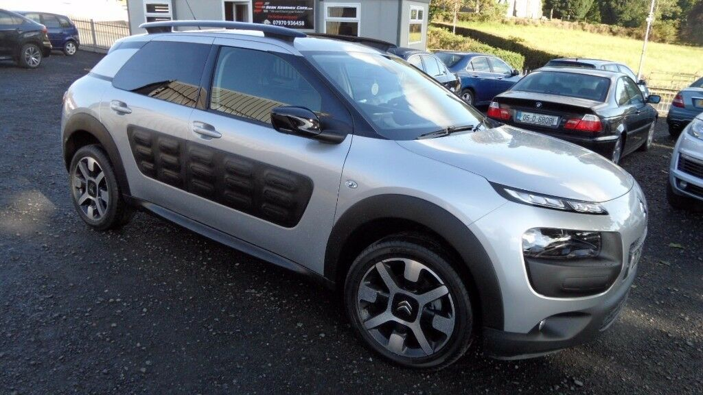 2016 Citroen C4 Cactus Flair Edition Blue HDi, Panoramic Sunroof, only 9000miles