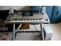 Yamaha Tyros 1 electric keyboard with stand