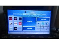 "TOSHIBA 40"" LED TV /FREEVIEW HD/SMART/WIFI/3D/WIDI/MEDIA PLAYER/200HZ EXCELLENT CONDITION NO OFFERS"
