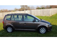 volkswagen touran family car , clean and good condition