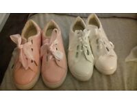 Pink and white fasion pumps