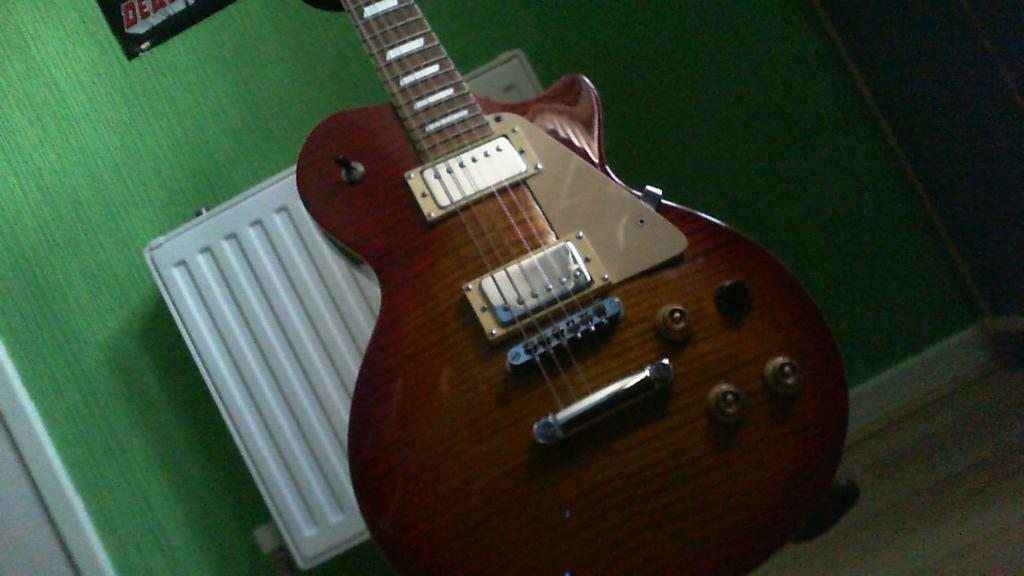 Johnson Les Paul Style Sunburst Guitar Great Guitar Comes With A