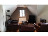 Room available in a top floor penthouse apartment in Coleshill