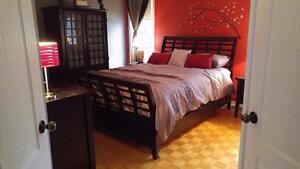 Très beau set de chambre haut de gamme a vendre Possibilité de livraison