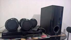 DVD HOME CINEMA 5.1 LG DH900 300W+Logitech bluetooth transmiter