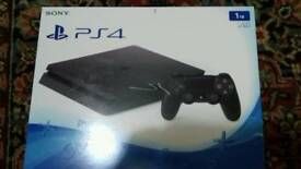 Ps4 1TB and 3 games