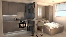 luxurious studio apartment in bristol city centre. yearly contract from September
