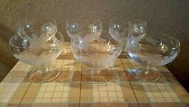 Set of 6 vintage dessert bowls