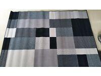 Lovely medium size rug 120 x 170 cm Brand new!