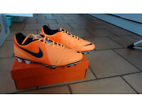 NIKE CTR360 ENGANCHE III FG with box like new