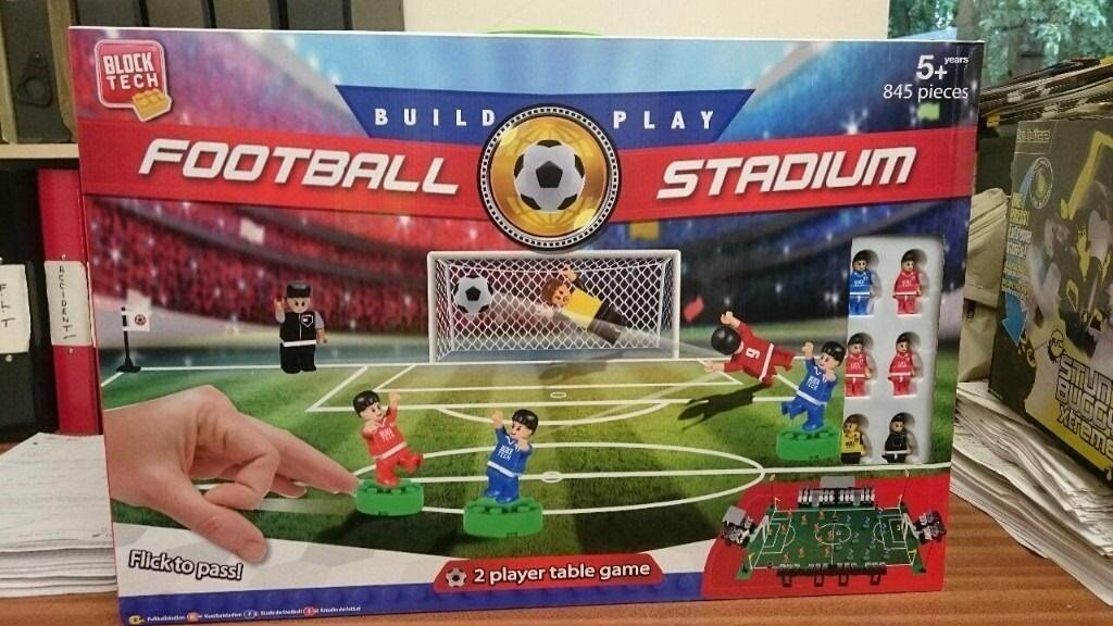 BLOCK TECH FOOTBALL STADIUM - Set Build and Play 2 player - BRAND ...