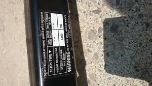 Class 2 hitch that fits Jeep Liberty Windsor Region Ontario image 2
