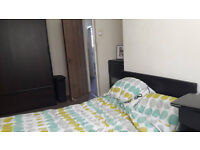 Room in shared 3 bedroom flat to rent