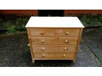 SOLID PINE 5 DRAWER CHEST OF DRAWERS GOOD CONDITION FREE LOCAL DELIVERY