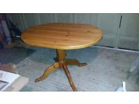 Solid Pine Kitchen table, sits 6