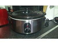 Lakeland 3.5L slow cooker,great condition