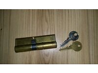 Lock and 2 keys