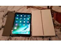 """Ipad pro 12.9"""" space gray 32gb for sale or swap"""