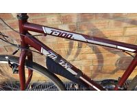 T700 TRAX hybrid bicycle