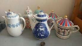 Collection of teapots including Sadler Edwardian Entertainments...ideal for weddings!