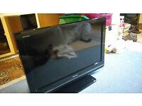 "Toshiba Regza 32"" LCD / HD TV. Built in Free-view"
