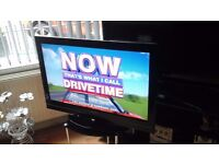 """32 """" toshiba lcd tv in great condition"""