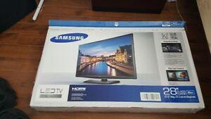 TV 28 po Samsung