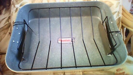 Heavy duty carbon steel roasting pan with removable rack BRAND NEW