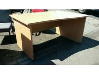 Oak effect office desks 104cm wide and in excellent condition