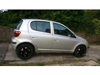 04 toyota YARIS ,5DOOR ,good MOT ,low insurance ((bargain))