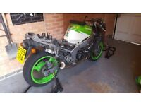 Kawasaki zx600f zx6r f2 1996 track/race bike project spares or repair £600 ono