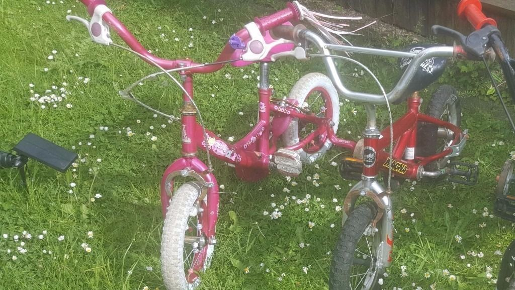 2 Kids Bikes in perfect working order Pink /Redin Edgware, LondonGumtree - 2 Kids Bikes in perfect working order. Pink /Red Blue one has been sold Collection only. Have good tires