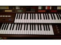 Technics pcm e44 Electronic Organ;; good play all working;;;;25 ponds only today*****