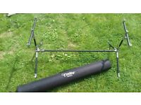 Century Neville Carbon Stainless Carp Fishing 3 Rod Pod With Case - RRP £200+