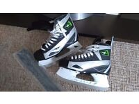 Boys ice skates hockey type size 6.5