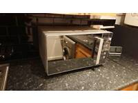 microwave only 6 month use, still in warranty