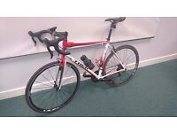 Trek 1.7 Road Bike L 58cm upgraded with new Shimano 105 components carbon forks
