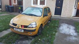 Renault clio 1.2 full years mot