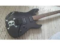 Fender squier showmaster black skull and crossbones - comes with watson amp and accessories