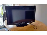 "Panasonic 32"" 32X10BA - HDTV - SPARES OR REPAIR - 2 HDMI - DV3 DIGITAL FREEVIEW"